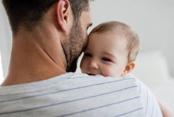 Նորածինների հայրերը  5-օրյա վճարվող արձակուրդի հնարավորություն կստանան. ԱԺ-ն ընդունեց նախագիծը