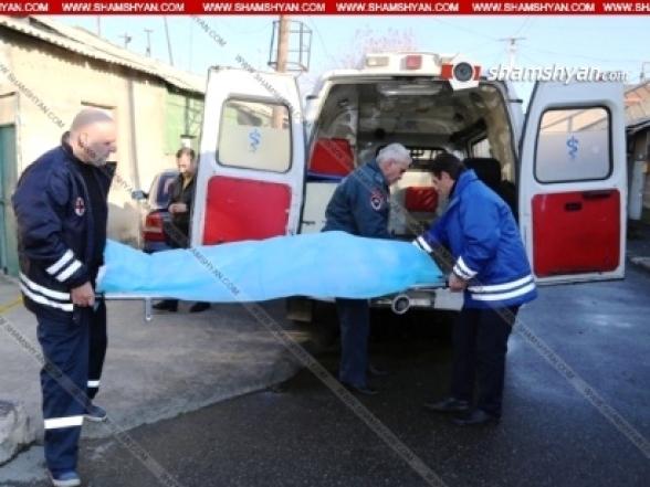 Ախթալա համայնքի քարի արտադրամասերից մեկի 57-ամյա աշխատակիցը մոտ 6 մետր բարձրությունից վայր է ընկել և տեղում մահացել