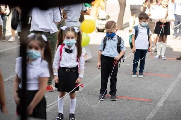 Հայաստանում դպրոցների ուսուցիչների մոտ 1.5 տոկոսի մոտ կորոնավիրուս է հայտնաբերվել, 300 հոգի ինքնամեկուսացվել է