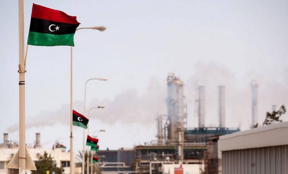 Хафтар согласился на возобновление добычи и экспорта ливийской нефти