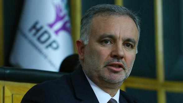 Թուրքիայում ձերբակալել են Կարսի քաղաքապետին