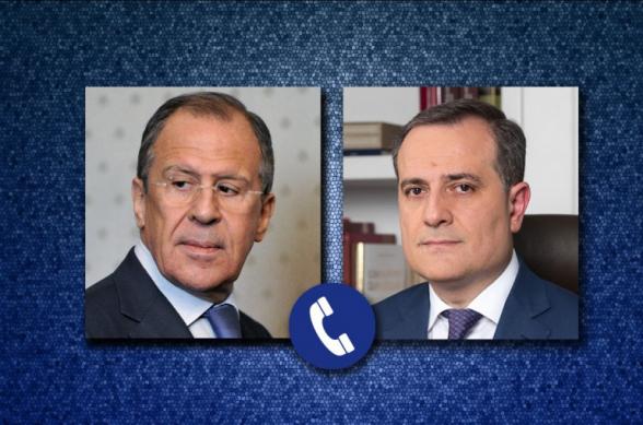 Лавров обсудил ситуацию в Карабахе с Джейхуном Байрамовым
