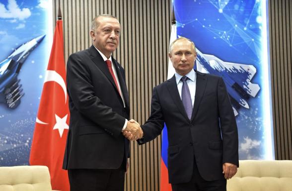 Карабахский конфликт имеет серьезные последствия для амбиций Путина и Эрдогана – «Bloomberg»