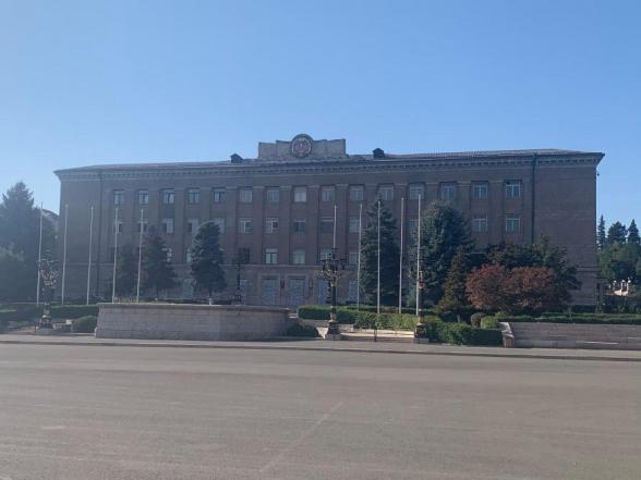 Ինչո՞ւ էր Արայիկ Հարությունյանը Արցախի նախագահական շենքի վրայից հանել պետական դրոշը