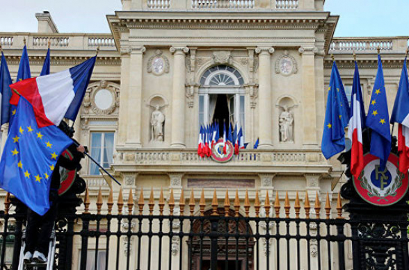 Սենատի կողմից ԼՂ-ի անկախության միակողմանի ճանաչումը ոչ ոքի օգուտ չի բերի․ Ֆրանսիայի ԱԳՆ