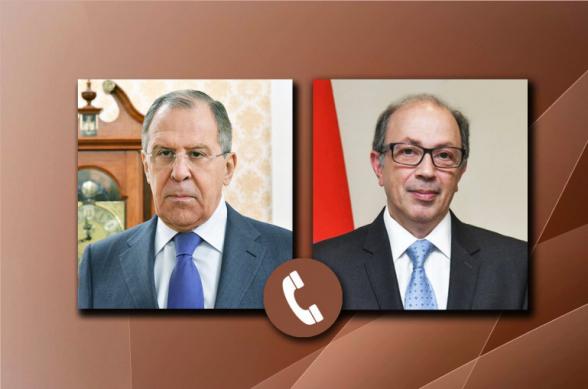 Սերգեյ Լավրովը և Արա Այվազյանը քննարկել են ՀՀ-ի, ՌԴ-ի և Ադրբեջանի ղեկավարների համատեղ հայտարարության դրույթների իրականացման ընթացքը