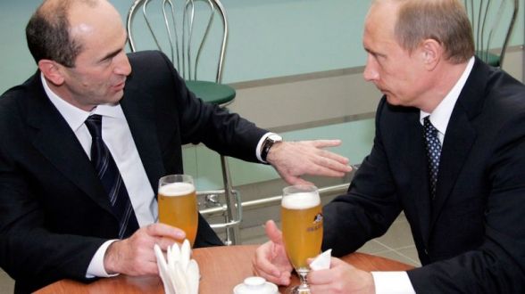 Թե բա Քոչարյանը Արցախի նախկին նախագահներին խնդրել է, որ Նիկոլ Փաշինյանին խնդրեն, որ Պուտինը հանդիպի Քոչարյանի հետ․ լո՞ւրջ ես ասում, Նիկոլ