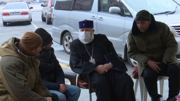 Требующие отставки Пашиняна граждане прекратили голодовку