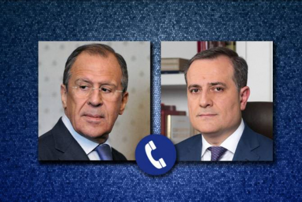 Главы МИД России и Азербайджана обсудили ход выполнения договоренностей по Нагорному Карабаху