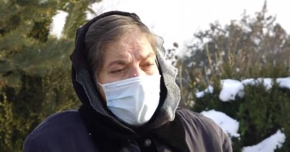 Դու որ մարդ լինեիր, հողերը չէիր տա, քեզ էլ կխփեիր. զոհվածի մայրը՝ Նիկոլ Փաշինյանին