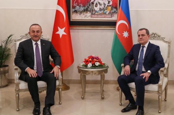 Իսլամաբադում հանդիպել են Թուրքիայի և Ադրբեջանի ԱԳ նախարարները. քննարկվել են արցախյան վերջին իրադարձությունները