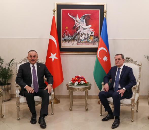 Իսլամաբադում հանդիպել են Թուրքիայի և Ադրբեջանի ԱԳ նախարարները