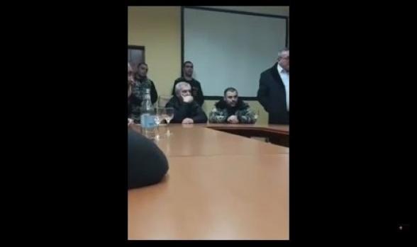 «Мы – родители, потерявшие своих детей, нам больше нечего терять»: встреча с Андраником Кочаряном была напряженной (видео)