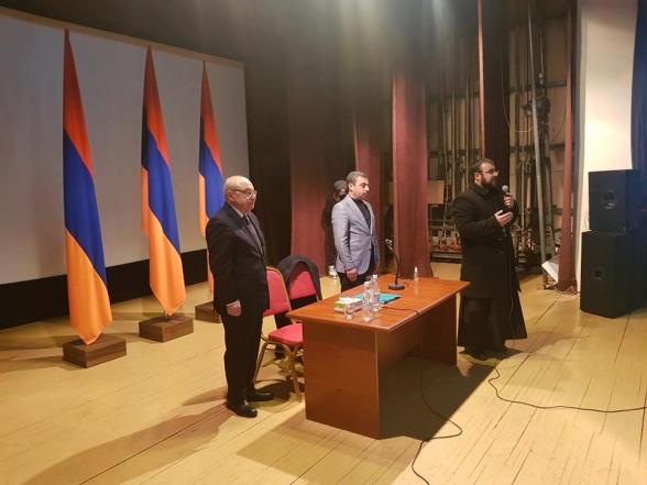 Կարևոր արձանագրումներ Վազգեն Մանուկյանի ելույթից վանաձորցիների հետ հանդիպմանը (լուսանկար)