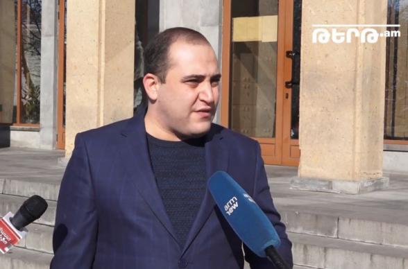 Суд в Ереване перенес слушания по резонансному «икорному делу» на март (видео)