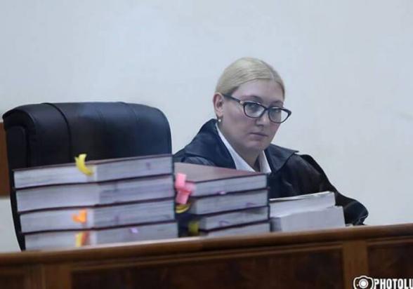 Суд отклонил ходатайства адвокатов Роберта Кочаряна об отстранении прокуроров от дела (видео)