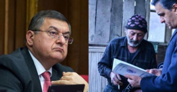 Пока называющий свой роскошный особняк хлевом Джангирян получал новый пост, реальный хлев шурнухца Степана перешел по их вине Азербайджану