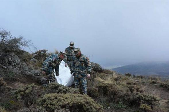Азербайджан передал армянской стороне останки 30 военнослужащих