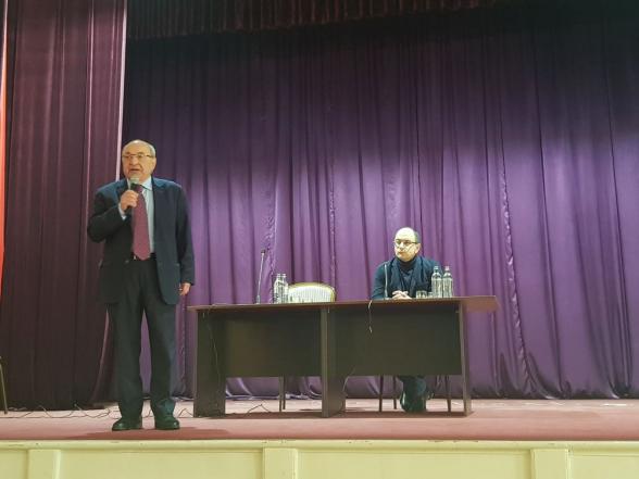 Վազգեն Մանուկյանը հանդիպել է արարատցիների հետ (տեսանյութ)
