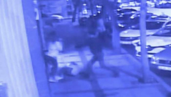 Տեսախցիկն արձանագրել է` ինչպես են Ստամբուլում դանակահարել ռուսաստանցիներին (տեսանյութ)