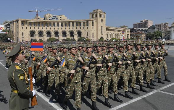 Сегодня армии независимой Армении исполняется 29 лет