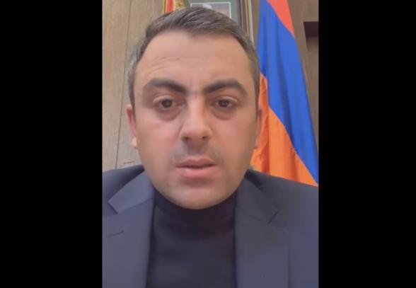 Занимающий кресло премьера полоумный должен уйти – Ишхан Сагателян (видео)