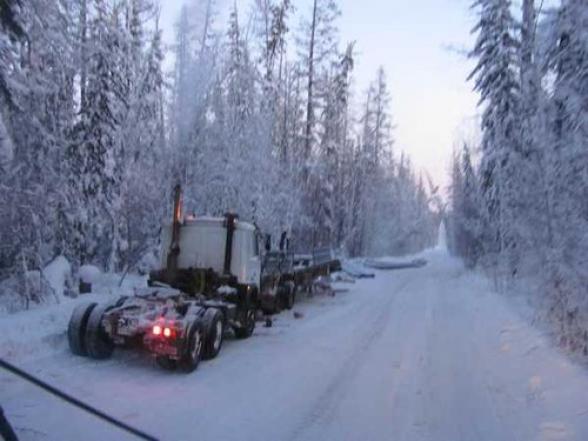 Дорога Степанцминда-Ларс закрыта для всех видов транспорта: со стороны РФ скопилось около 600 грузовиков