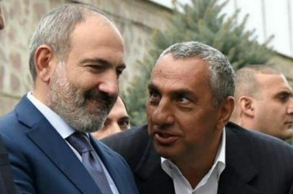 Самвел Алексанян приказал своим работникам выйти на площадь Республики в поддержку Никола Пашиняна