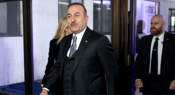 Турция осуждает попытку переворота в Армении – Чавушоглу