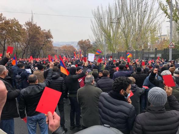 В 18:00 перед зданием парламента состоится митинг Движения по спасению Родины