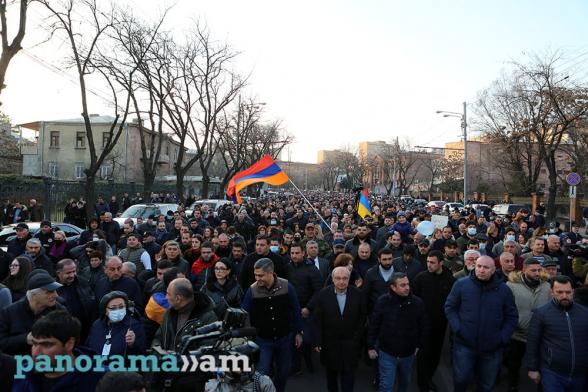 Кто должен формировать власть в Армении – армяне или турки?