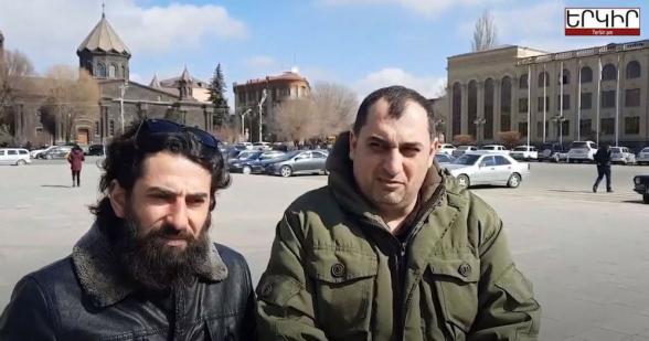 Տեսանյութ.Գյումրեցիները Փաշինյանի ուսապարկն են հավաքում՝ Երևան տեղափոխելու համար