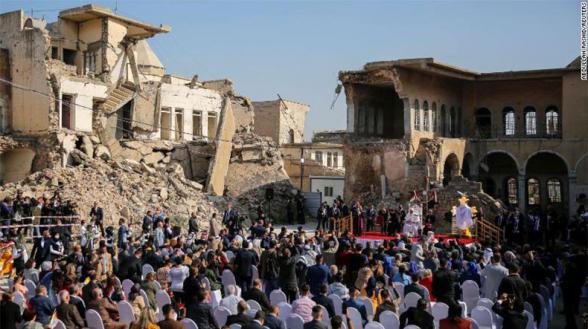Հռոմի պապն այցելել է Մոսուլի հայկական ու ուղղափառ ավերված եկեղեցիներ