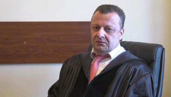 Մարդիկ, որոնք պետք է հաբեր ընդունեն, օրենքներ են ընդունում․ Վերաքննիչ դատարանի դատավոր․ «Իրավունք»