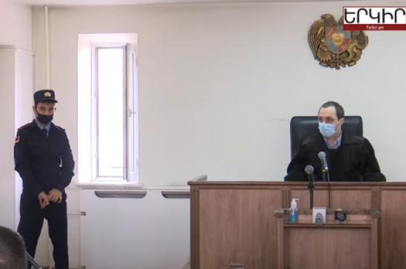 Դատարանը քննում է Արծվիկ Մինասյանի բողոքը ԱԱԾ ՊՊԾ պետի, այլ ուժայինների վերաբերյալ (տեսանյութ)