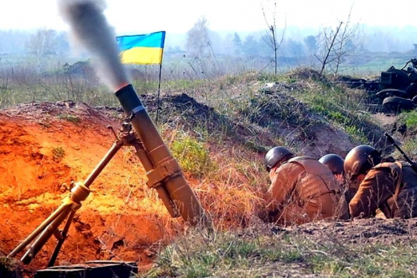 В ДНР снова сообщили об обстрелах пригорода Донецка