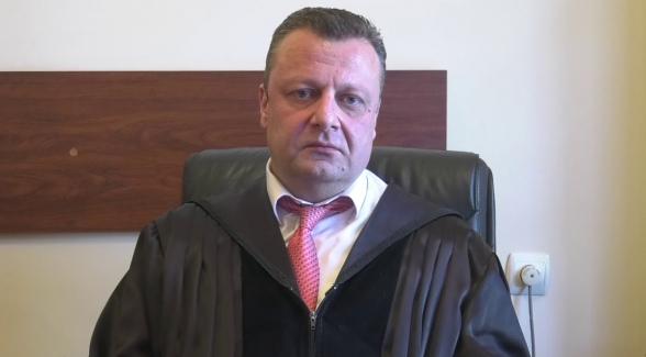 ՀՔԾ քննիչի կողմից դատավոր Ալեքսանդր Ազարյանին վիրավորելու փաստի առթիվ հարուցվել է քրգործ