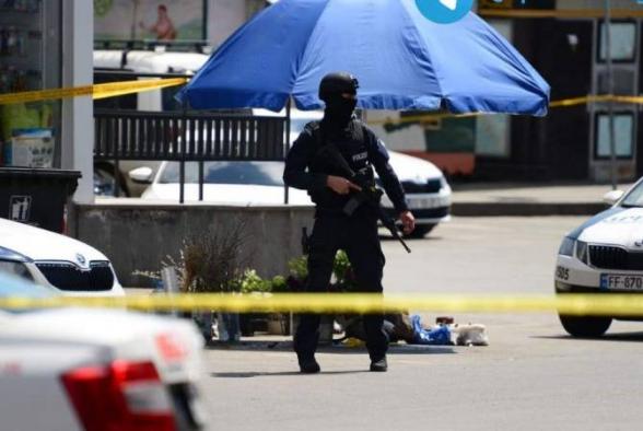 Թբիլիսիում ձերբակալել են բանկում պատանդներ վերցրած տղամարդուն