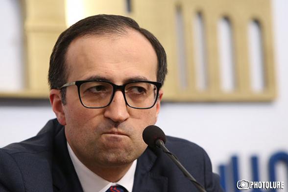 Родители без вести пропавших военнослужащих избили Арсена Торосяна за наглое поведение – «Mediaport»