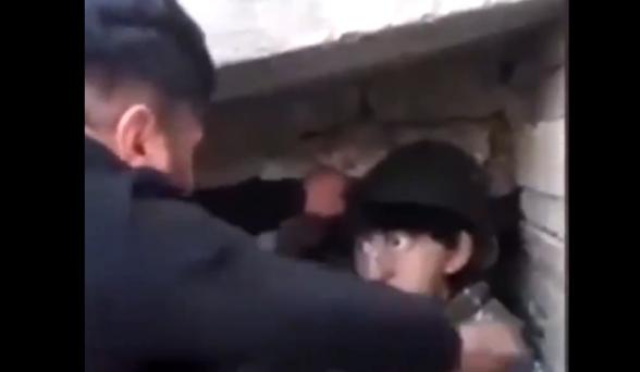 Բաքվի ատելության պուրակում ծեծում են իբր հայ զինվորների պատկերով մանեկեններին