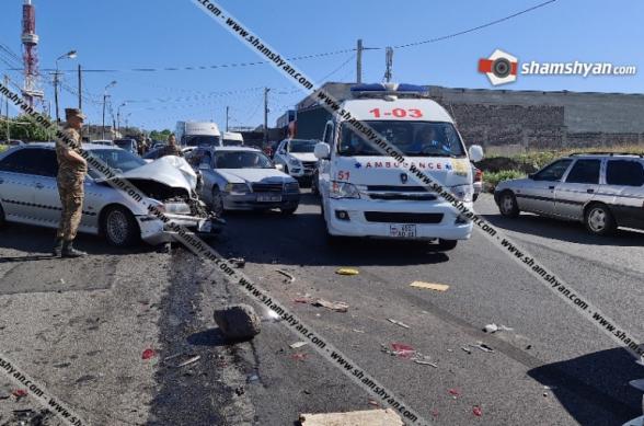 Նոր մանրամասներ՝ հեռուստաաշտարակի մոտ տեղի ունեցած խոշոր ավտովթար-վրաերթից. վիրավորների մեջ են ՊԵԿ պաշտոնյան և ՀՀ ՊՆ 2 սպաներ