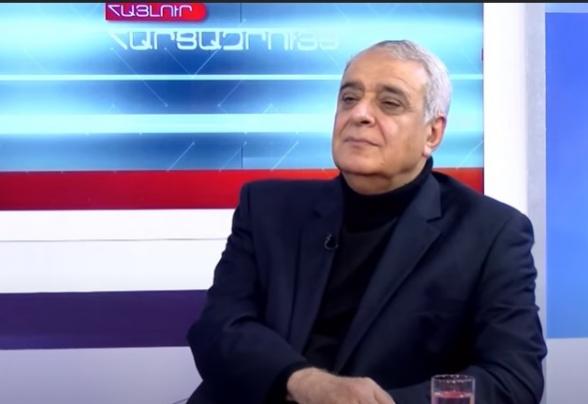 До 2018-го Алиев спал в подгузнике, а сейчас не снимает с себя камуфляжа – Давид Шахназарян (видео)