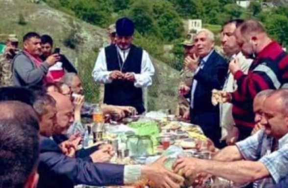Ադրբեջանցիները կերուխում են կազմակերպել Դադիվանքի տարածքում