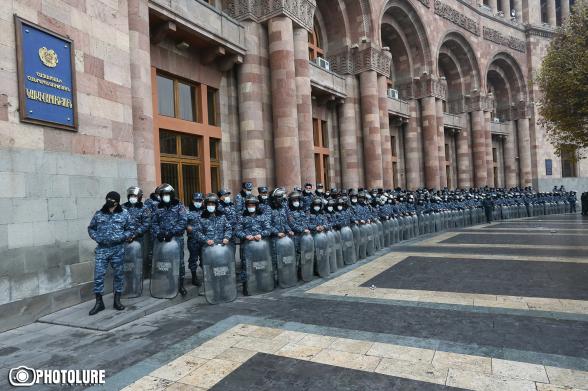 В ближайшие два месяца полицейским не будут предоставлять отпуск – «Иравунк»