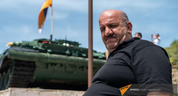 «Мы не видели в Шуши ни одного азербайджанца»: ветеран войны Лаврент Шуманян о сдаче города