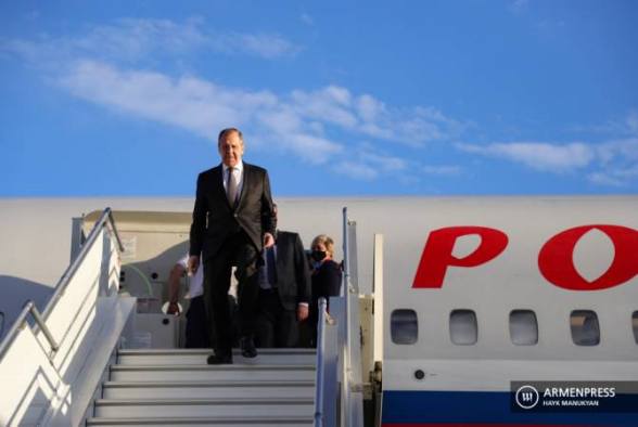 Сергей Лавров едет в Баку