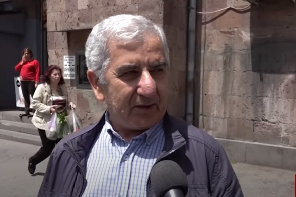 «2 минуты послушал этого извращенца: могу сказать, что он – псих»: гражданин о Пашиняне (видео)