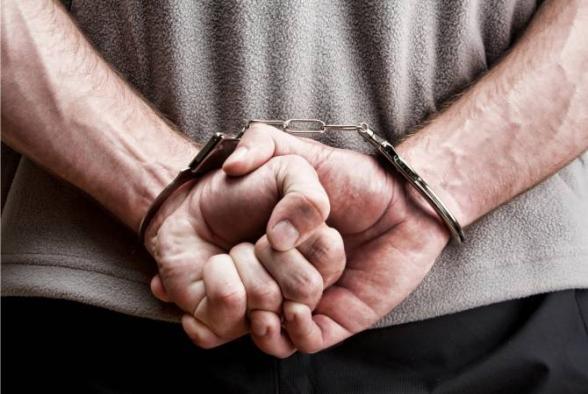 Նար-Դոսում ինքնաձիգից օդ կրակած տղամարդը ձերբակալվել է. դեպքի վայրում 14 պարկուճ է հայտնաբերվել