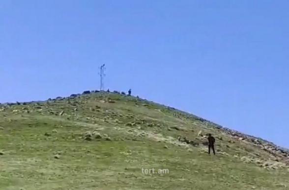 Ադրբեջանցիները գտնվում են Սյունիքի մարզի Վերիշեն գյուղից 2 կմ հեռավորության վրա (տեսանյութ)