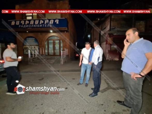 Կրակոց Երևանում. Նար-Դոսի փողոցից հրազենային վնասվածքով ծայրահեղ ծանր ախտորոշմամբ հիվանդանոց է տեղափոխվել ավտոլվացման կետի սեփականատեր «Բաքսյոր Վաղոն»